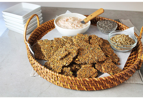 Flaxseed Crackers with Cantaloupe Yogurt Dip