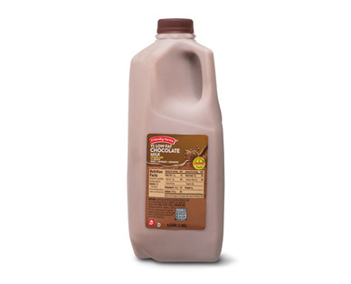 Friendly Farms Chocolate Milk 1/2 Gallon