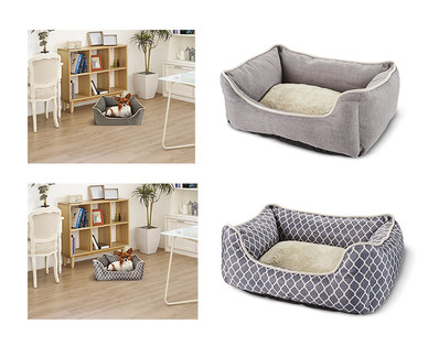 Heart to Tail Round or Rectangle Small Pet Bed View 4