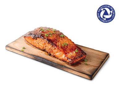 Fresh Sweet Bourbon Atlantic Salmon on a Cedar Plank