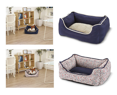 Heart to Tail Round or Rectangle Small Pet Bed View 5