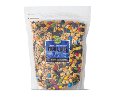Southern Grove Sweet & Salty Blend Trail Mix