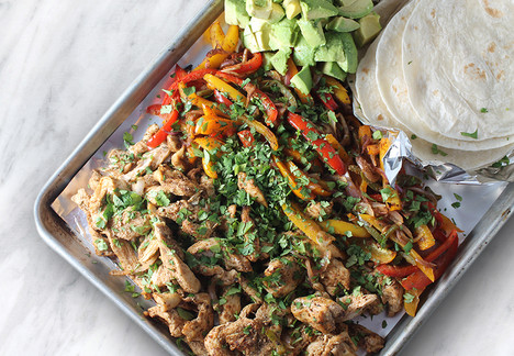 Chicken Fajita Sheet Pan
