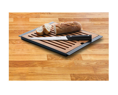 Crofton Cutting Board and Bread Knife Set View 4