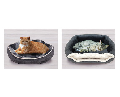 Heart to Tail Cat Bed Assortment View 3