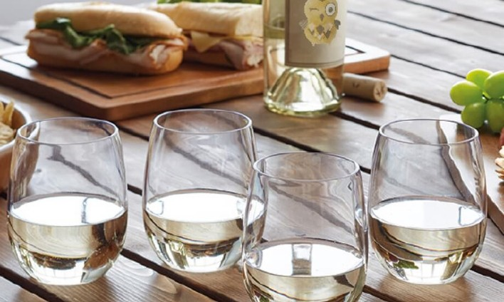 Winking Owl Wine Glasses