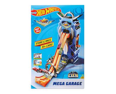 Mattel Hot Wheels Garage or Barbie House View 2