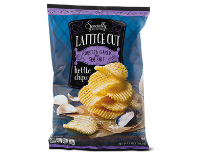 Specially Selected Lattice Cut Kettle Chips - Roasted Garlic & Sea Salt