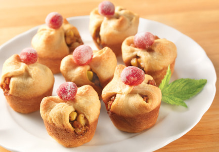 Baked Brie Bites with Sugared Cranberries