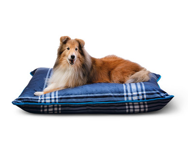 Heart to Tail Pet Bed Assortment View 1