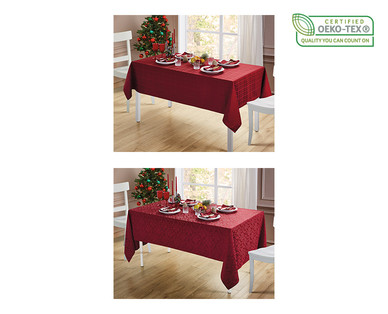 Huntington Home Tablecloth with Napkin Set View 2