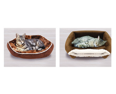 Heart to Tail Cat Bed Assortment View 2