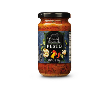 Specially Selected Gourmet Pesto View 3