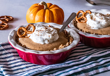 Mini Pumpkin Pie Mousse Cups with a Pretzel Crust