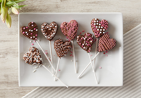 Dark Chocolate Covered Strawberry Cake Pops