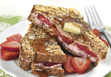 Crunchy Strawberry Almond-Stuffed French Toast