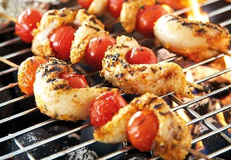 Tomato Pesto Chicken Skewers