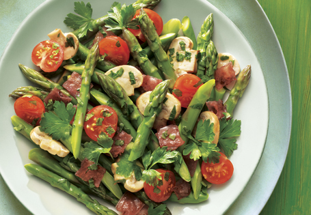 Asparagus with Mushrooms and Ham