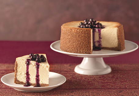aldi us - goat cheese cheesecake with blueberry sauce