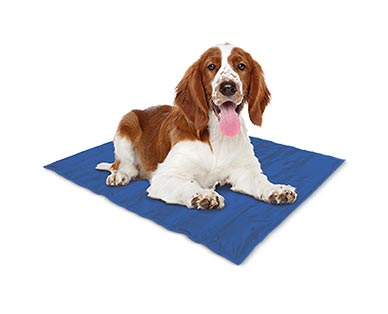 Heart to Tail Pet Cooling Mat View 2