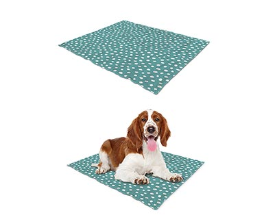 Heart to Tail Pet Cooling Mat View 4