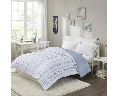 Huntington Home Reversible Comforter View 1