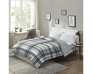 Huntington Home Reversible Comforter View 4