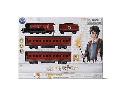 Lionel Classic Christmas Train Set View 3
