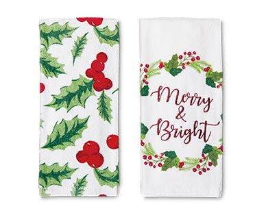 Merry Moments 2-Piece Holiday Towel Set View 1