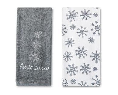 Merry Moments 2-Piece Holiday Towel Set View 2