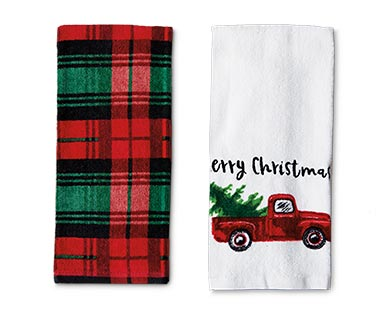 Merry Moments 2-Piece Holiday Towel Set View 4