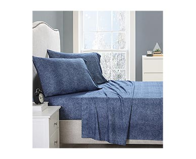 Huntington Home Queen or King Solid Flannel Sheets View 2