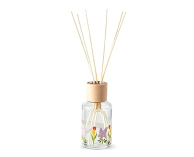 Huntington Home Farmstand Reed Diffuser Collection Tulip & Lilac
