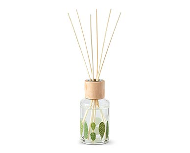 Huntington Home Farmstand Reed Diffuser Collection Cucumber & Kale