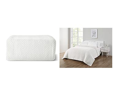 Huntington Home Full/Queen or King Cotton Blanket White In Use