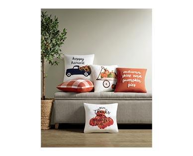 Huntington Home DecorativeToss Pillow In Use